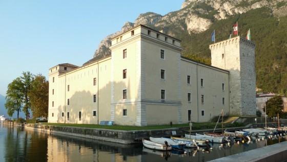 Castello in cinema in rocca a riva del garda i film - Riva barche sito ufficiale ...
